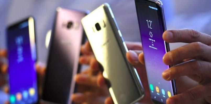 ARTICULO: Samsung vende más de 10 millones de su teléfono Galaxy S8 en menos de un mes