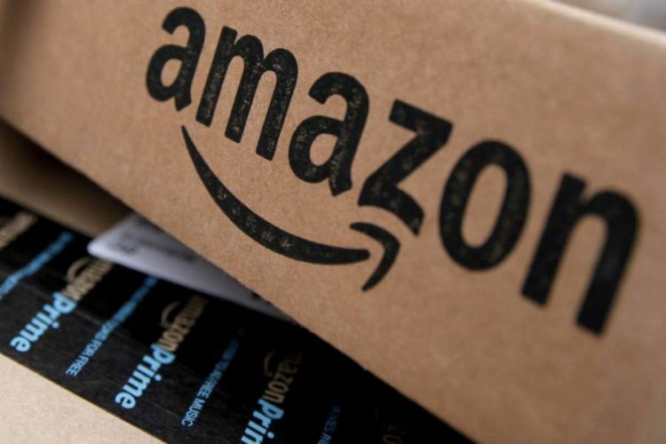 """ARTÍCULO: """"Amazon pone en aprietos al retail local y promueve en Chile su catálogo con 50 millones de productos para Navidad"""""""