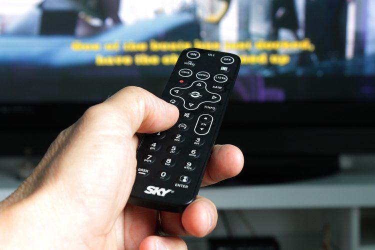 ARTICULO: Suscriptores de televisión de pago continúan al alza, pese a arremetida de plataformas estilo Netflix