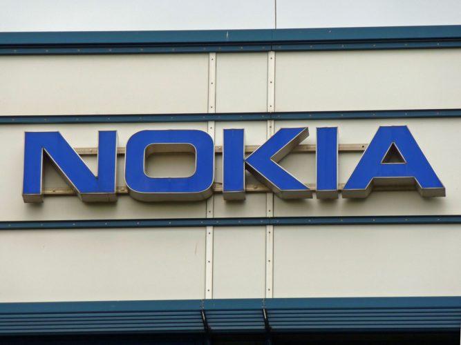ARTICULO: Nokia deja atrás los celulares y se concentra en la venta de tecnología
