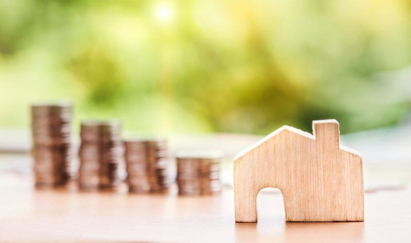 """ARTÍCULO: """"Banca reporta las menores restricciones para dar créditos a hogares y grandes empresas desde 2011"""""""