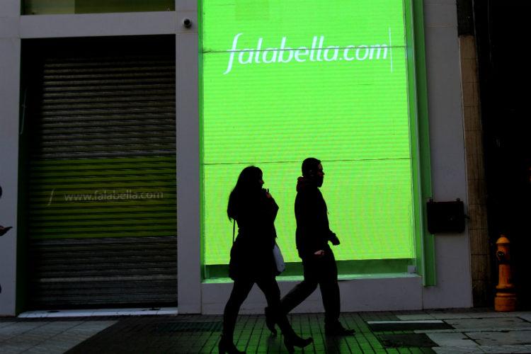 """ARTÍCULO: """"Falabella aumenta a 29% su free float y confirma compromiso con desarrollo del comercio electrónico"""""""