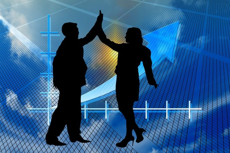 """ARTÍCULO: """"Según la CMF: Ventas de compañías de seguros crecen 2,4% al tercer trimestre"""""""