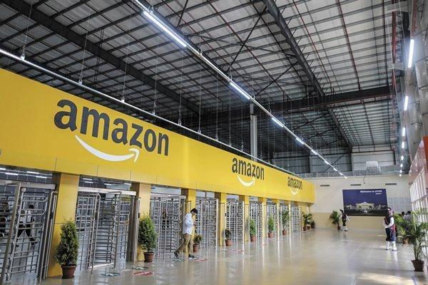 """ARTÍCULO: """"Amazon lanza otra promoción en Chile y busca que se pueda comprar sin tarjetas"""""""
