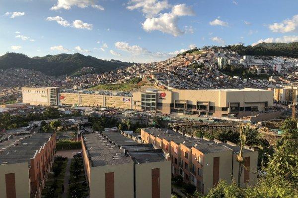 """ARTICULO: """"Colombia y Perú se llevan 65% del plan de inversión de Mallplaza a 2022"""""""