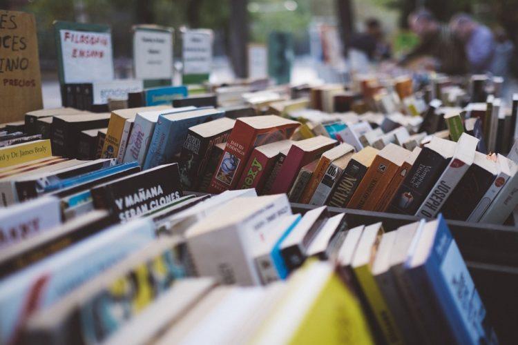 """ARTÍCULO: """"¿Cómo logran estar vigentes las grandes librerías?"""""""
