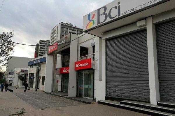 """ARTÍCULO: """"Estos son los desafíos que deberán enfrentar los bancos en Chile durante este año"""""""