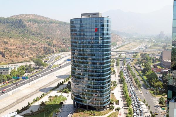 """ARTÍCULO: """"Scotiabank convierte a Chile en su mercado más importante fuera de Canadá"""""""