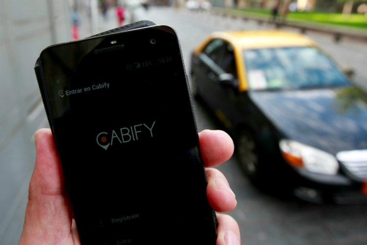 """ARTÍCULO: """"Cabify negocia con la banca salir a Bolsa antes de final de año"""""""