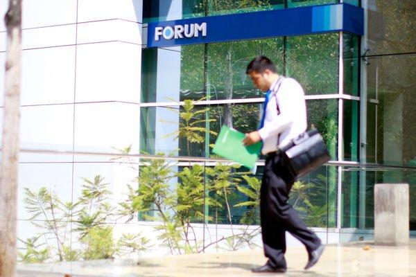 """ARTÍCULO: """"Forum inicia ronda de presentaciones con inversionistas ante eventual venta"""""""