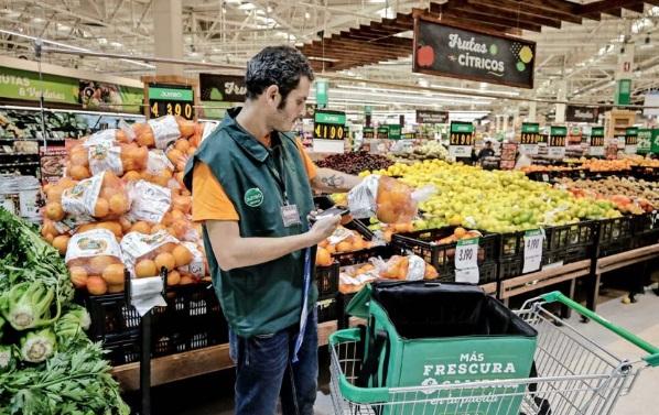"""ARTÍCULO: """"Supermercados Jumbo potencia última milla y crea aplicación para competir con Cornershop"""""""
