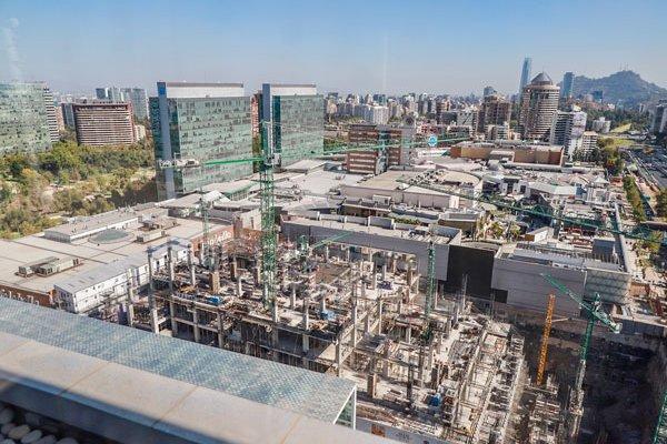 """ARTÍCULO: """"¿Vivirías en un mall? Parque Arauco evalúa incorporar viviendas en sus centros comerciales ícono"""""""