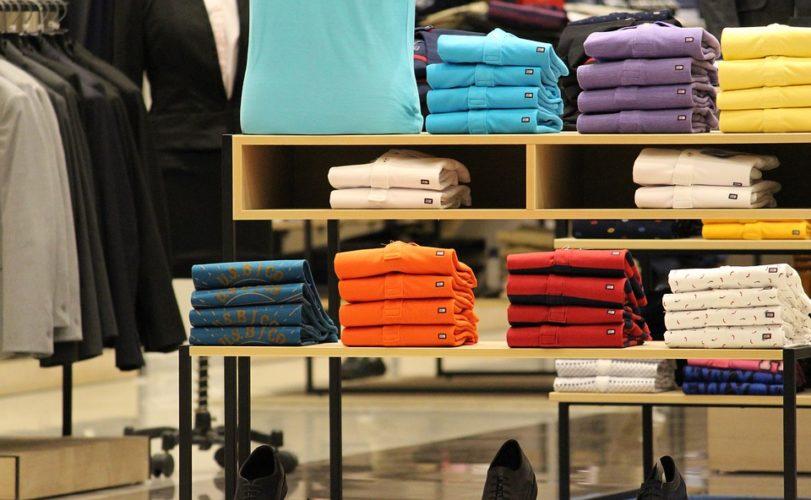 """ARTÍCULO: """"Adictos a la 'fast fashion': empresas españolas siguen de moda a pesar de la crisis"""""""