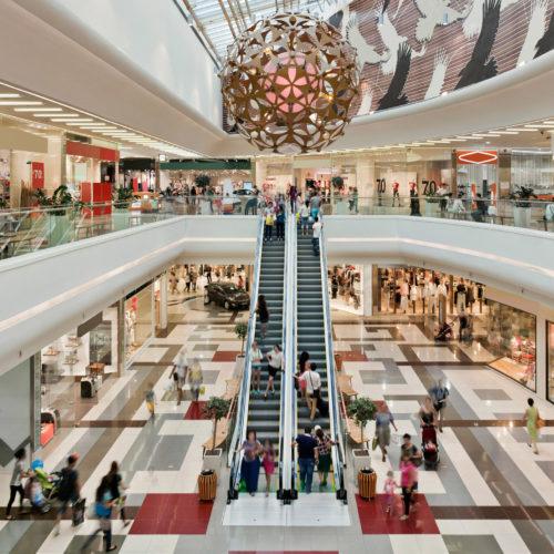 """ARTÍCULO: """"Si los millennials intentan matar el mall, la generación Z lo salvará"""""""