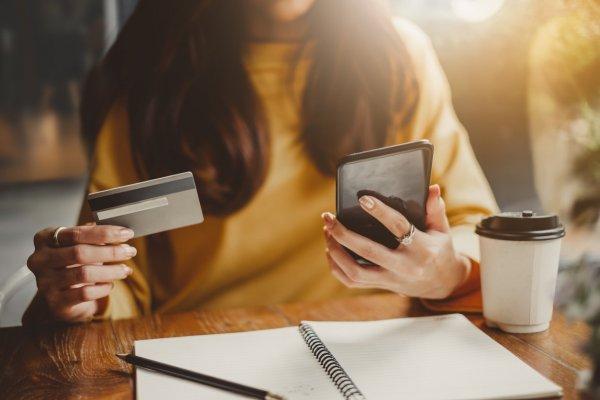 """ARTÍCULO: """"Descuentos de hasta 80% ofrecen estas marcas en CyberDay 2019"""""""