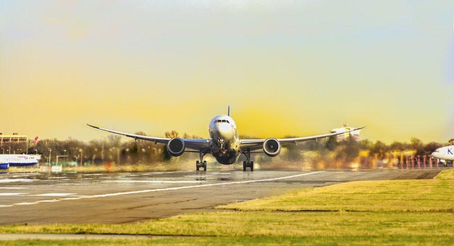 """ARTÍCULO: """"Low costs potenciarán vuelos internacionales desde regiones"""""""