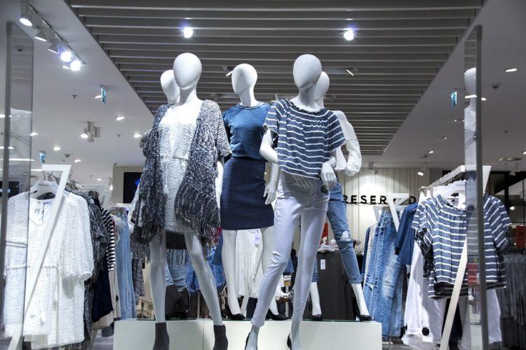 """ARTÍCULO: """"Moda y belleza toman fuerza en comercio online: facturan más de US$ 400 millones"""""""