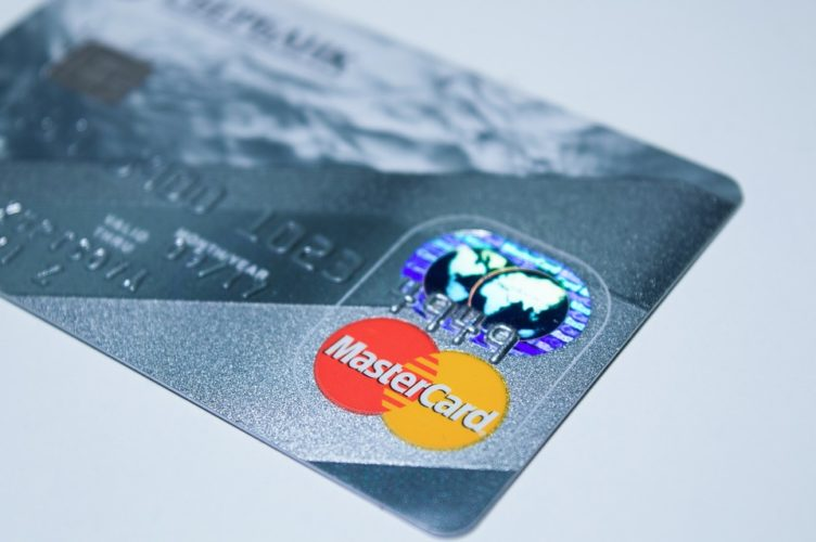 """ARTÍCULO: """"Mastercard compra plataforma de pagos por más de US$ 3 mil millones"""""""