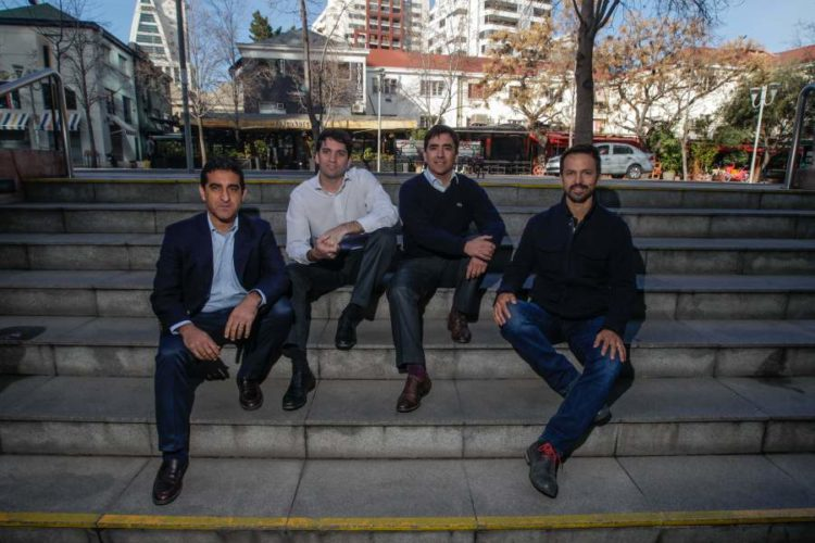 """ARTÍCULO: """"Los planes de la primera entidad financiera enfocada 100% en los inmigrantes"""""""