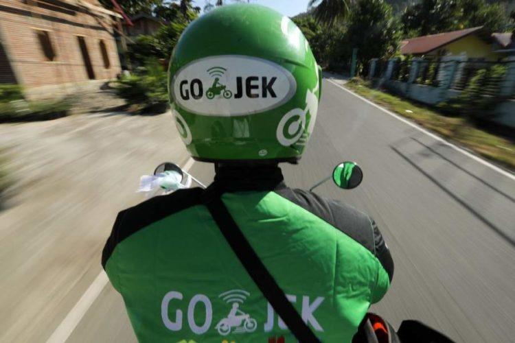"""ARTÍCULO: """"Amazon mantiene conversaciones con Gojek, una startup indonesia"""""""