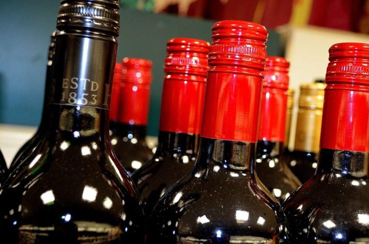 """ARTÍCULO: """"Viñas buscan potenciar su negocio de distribución a través del e-commerce"""""""