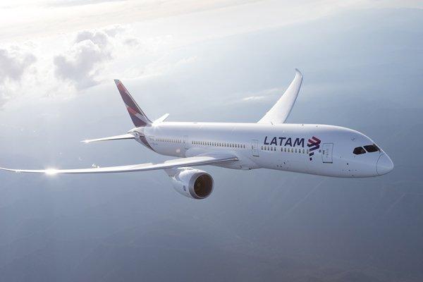 """ARTÍCULO: """"Latam Airlines anunció el primer vuelo internacional que saldrá desde Concepción"""""""