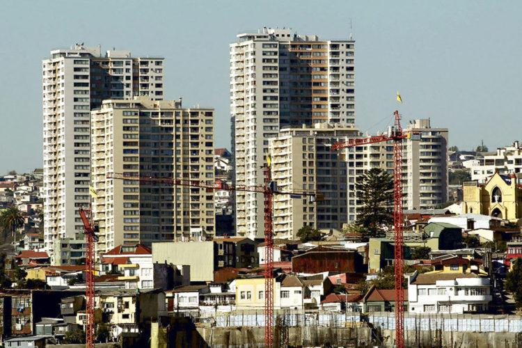 """ARTÍCULO: """"Inversionista """"hormiga"""": el gran ganador con la baja de las tasas hipotecarias"""""""