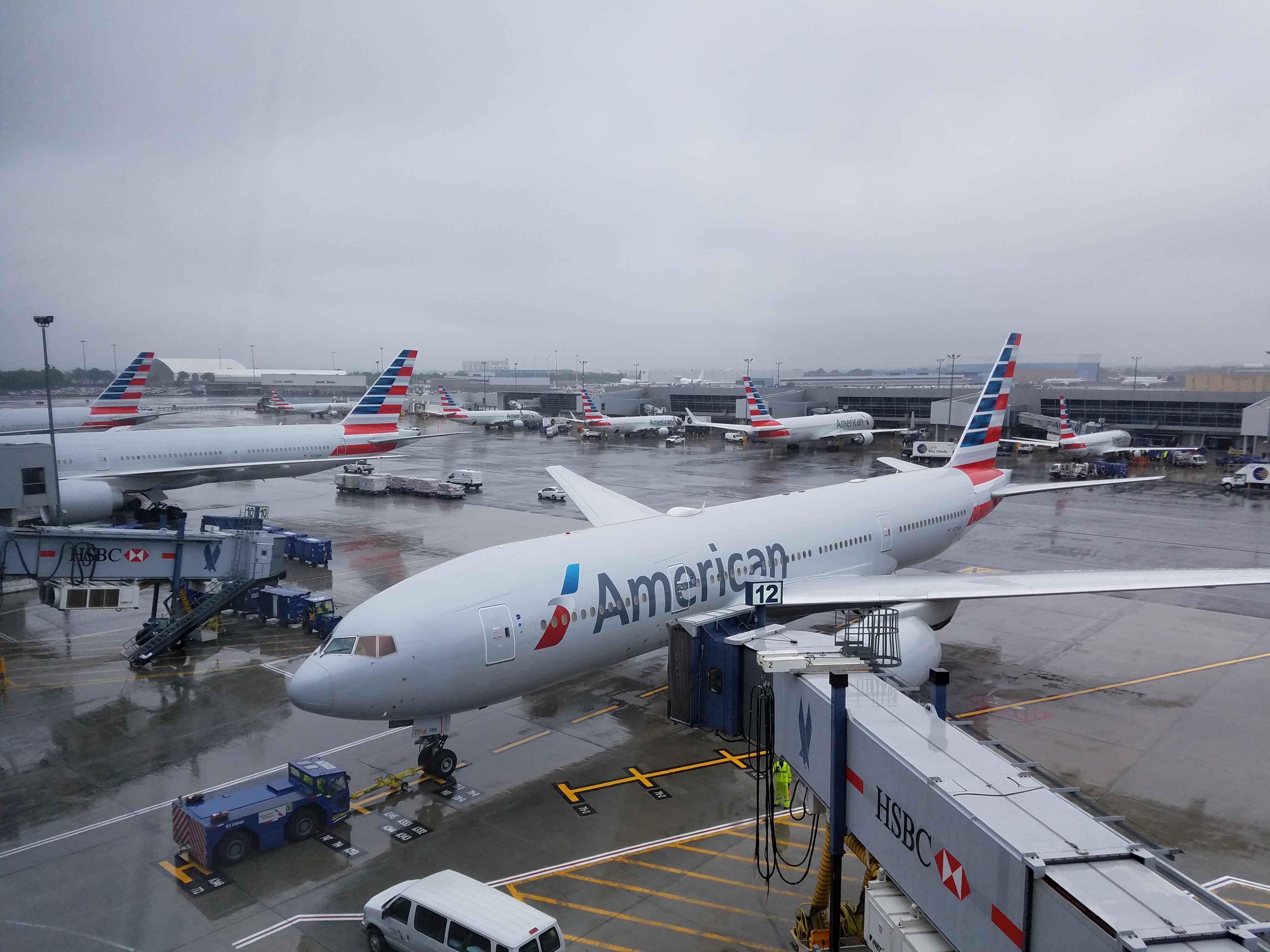 """ARTÍCULO: """"American responde golpe de Latam y anuncia nuevo vuelo desde Miami a Santiago en 2020"""""""