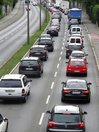 """ARTÍCULO: """"Venta de autos usados repunta en lo que va del segundo semestre y suma 752 mil transacciones"""""""