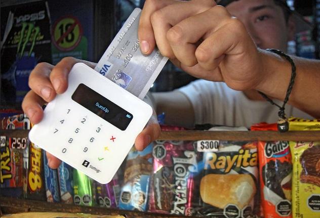 """ARTÍCULO: """"Kioscos se actualizan: recibirán tarjetas de crédito y de débito """""""