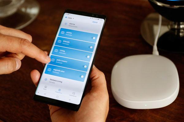 """ARTÍCULO: """"Fibra óptica ya representa el 26% de los clientes de internet fijo y desata carrera por los servicios hogar"""""""