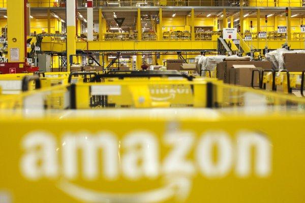"""ARTÍCULO: """"Proveedor uruguayo de servicios de pago agregó a Amazon en Chile como cliente"""""""
