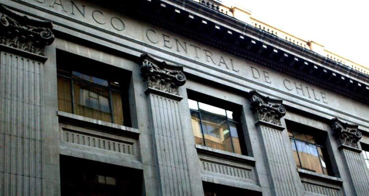 """ARTÍCULO: """"Banco Central se prepara para el peor escenario: aplica histórica baja de la tasa y anuncia medidas para asegurar liquidez"""""""