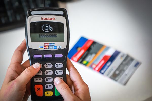 """ARTÍCULO: """"Transbank comienza a operar en modelo de medios de pago de cuatro partes"""""""