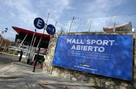 """ARTÍCULO: """"Plaza Egaña, Mall Sport y Casa Costanera abren una parte de sus tiendas"""""""
